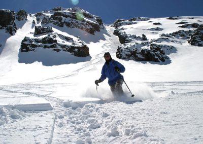 Skier in La Chimenea Parva Ski Centre